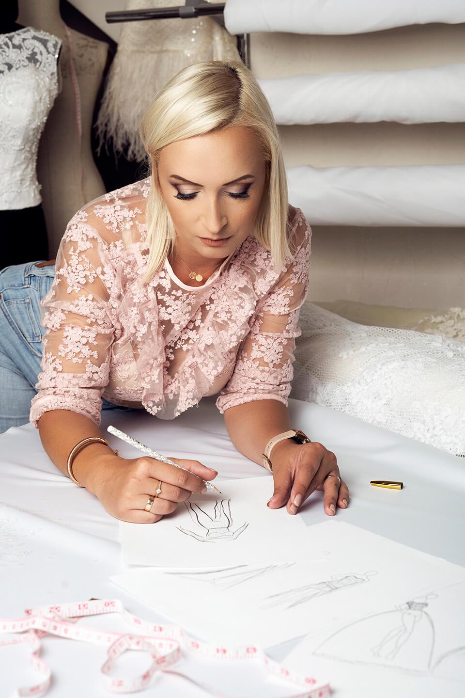projektowanie sukni ślubnej